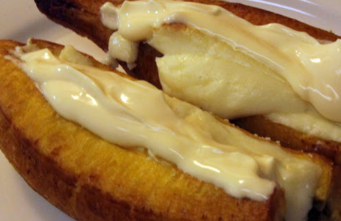 Una receta de mi casa: Plátanos Maduros al Horno, rellenos de queso y crema