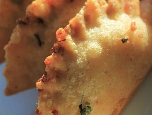 Receta de empanadas rellenas de arroz con carne desmechada