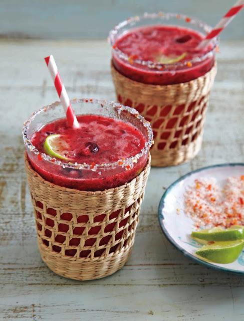 Receta de Chili-Berry Agua Fresca – The Great Pepper Cookbook