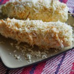 Elotes hervidos con queso enchilado Cacique #GoAutentico