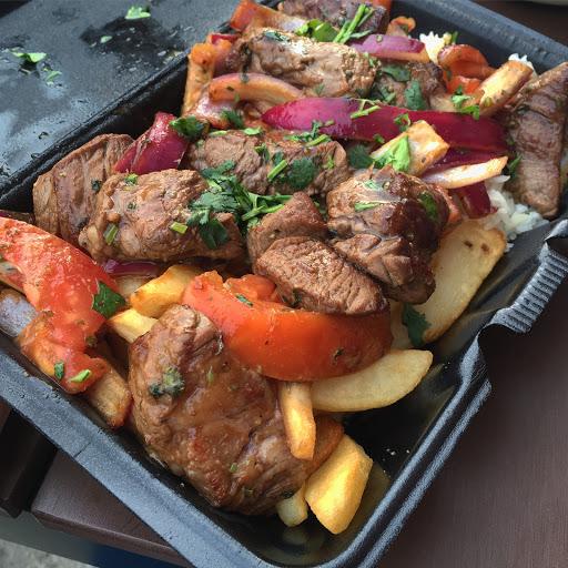 Saborea los ricos platos del Perú en Pablito's Peruvian Kitchen