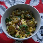 Ensalada de maíz, jalapeños y bacon