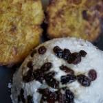 Arroz con Coco frito y Uvas Pasas